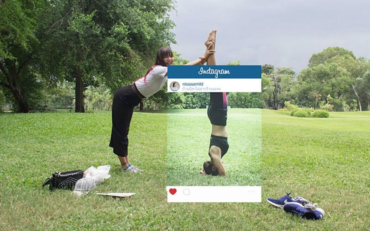 Hilarious behind-the-scenes of the perfect Instagram photos by Chompoo  Baritone - PLAIN Magazine