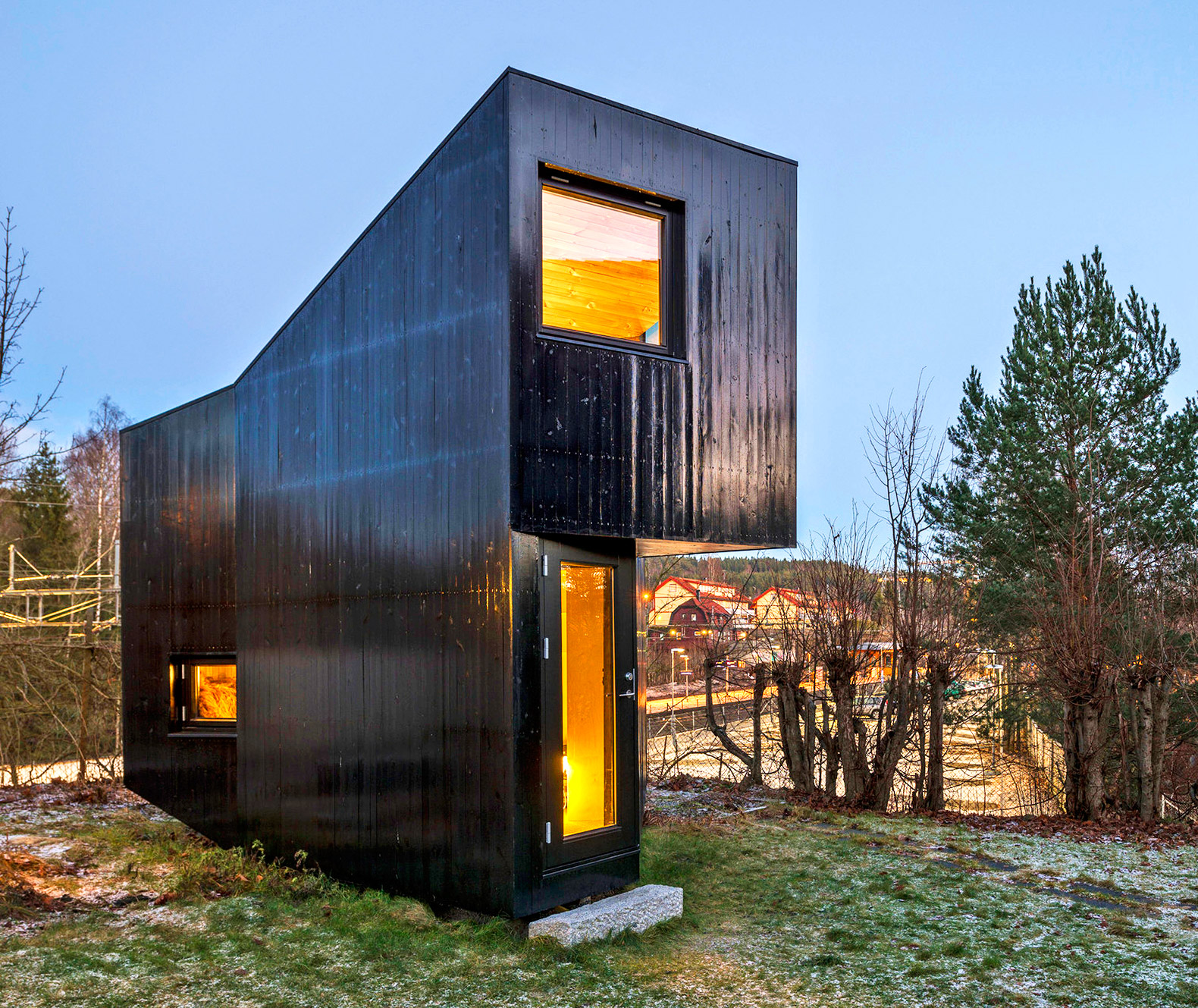 Building A House Inspiring Writer S Cabin In The Norwegian Suburbs Plain