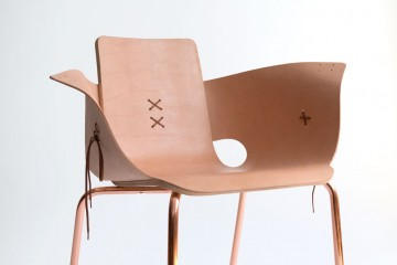 content_plain-magazine-martin-azua-leather-chair01